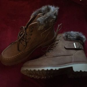 Tan Boots with Fur Trim